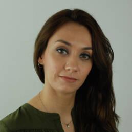 Sezen Ozay, therapist at Sadhana Yoga and wellbeing